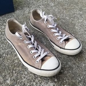 Converse All Star Low Top sneaker sz 8 Charcoal